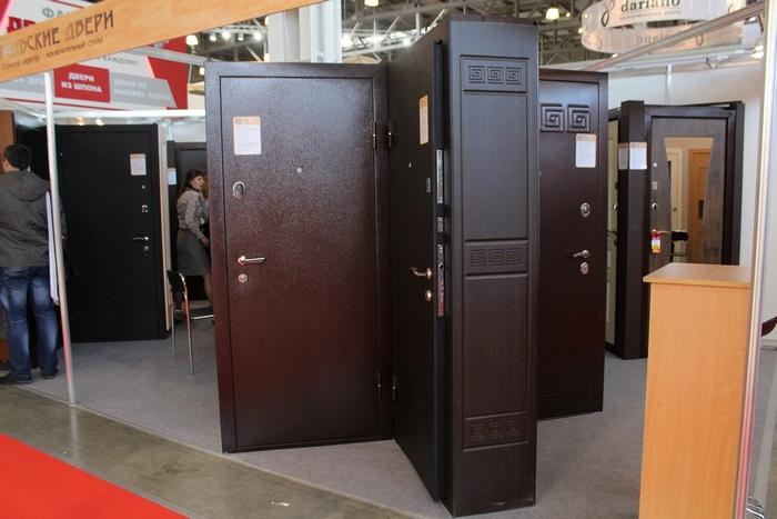 выставочные металлических дверей в москве