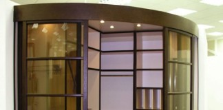 Радиусная дверная конструкция