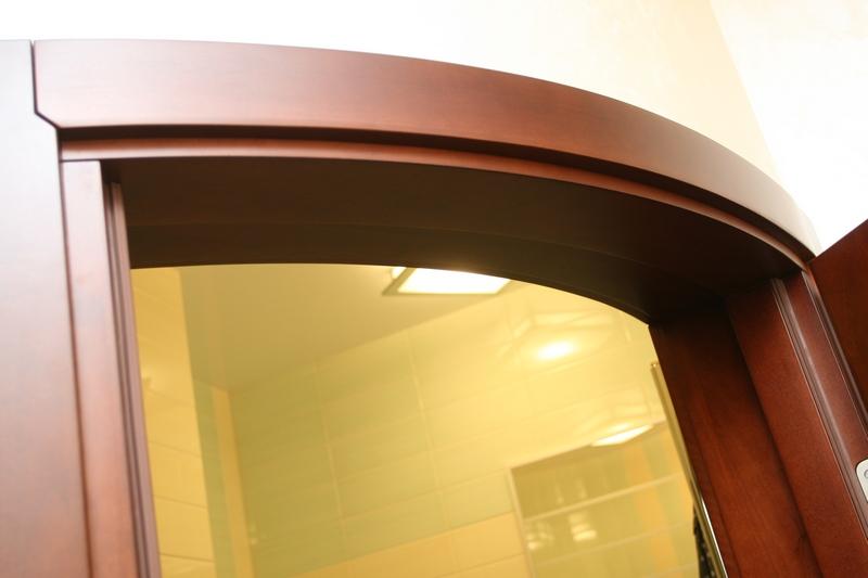 Радиусные двери купе для гардеробной, раздвижные межкомнатны.