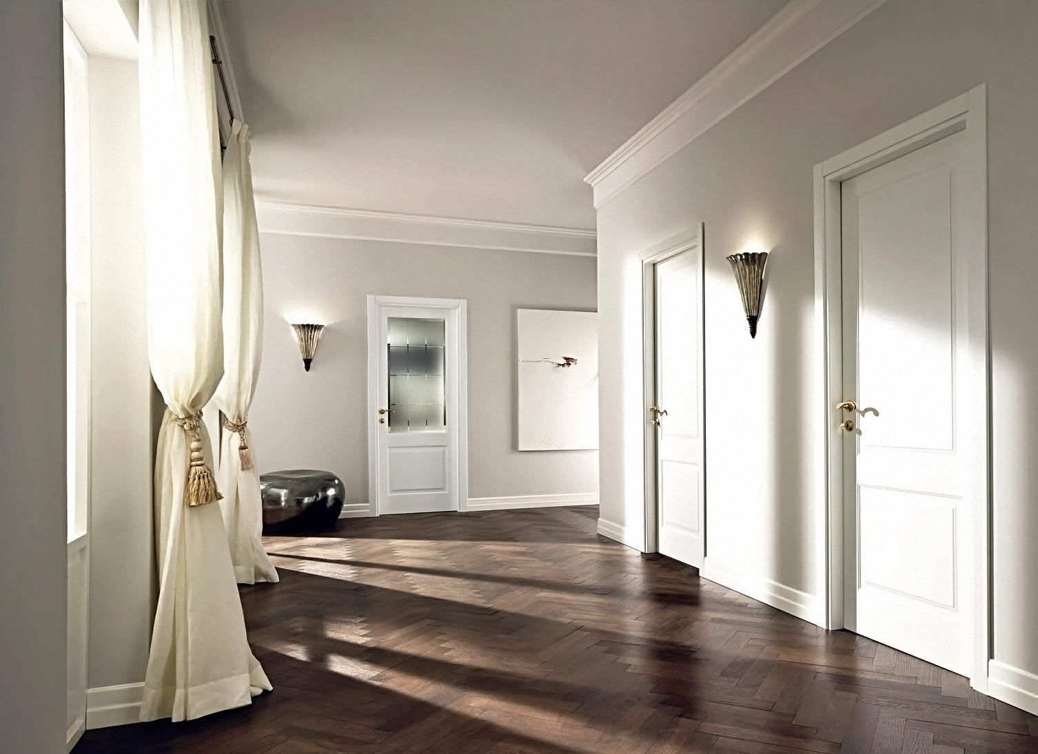 Интерьер светлые двери.темные стены