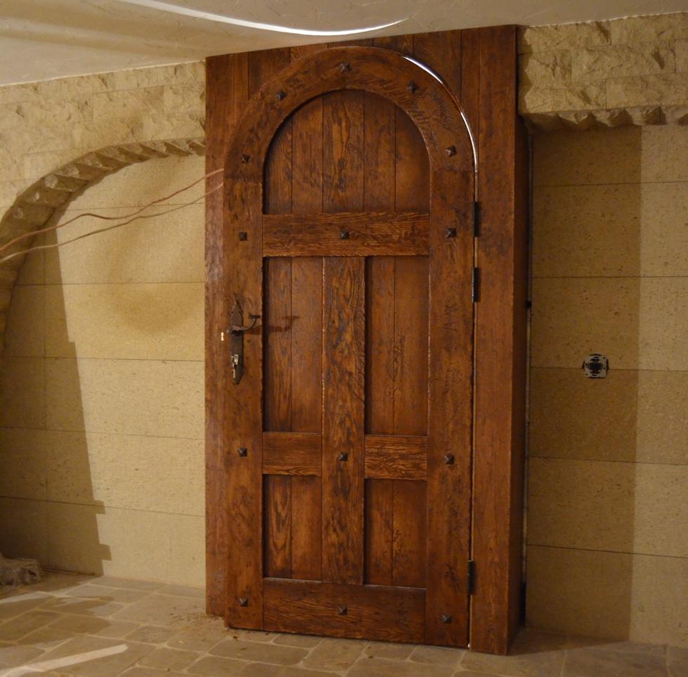 Межкомнатные двери из массива дуба на заказ от