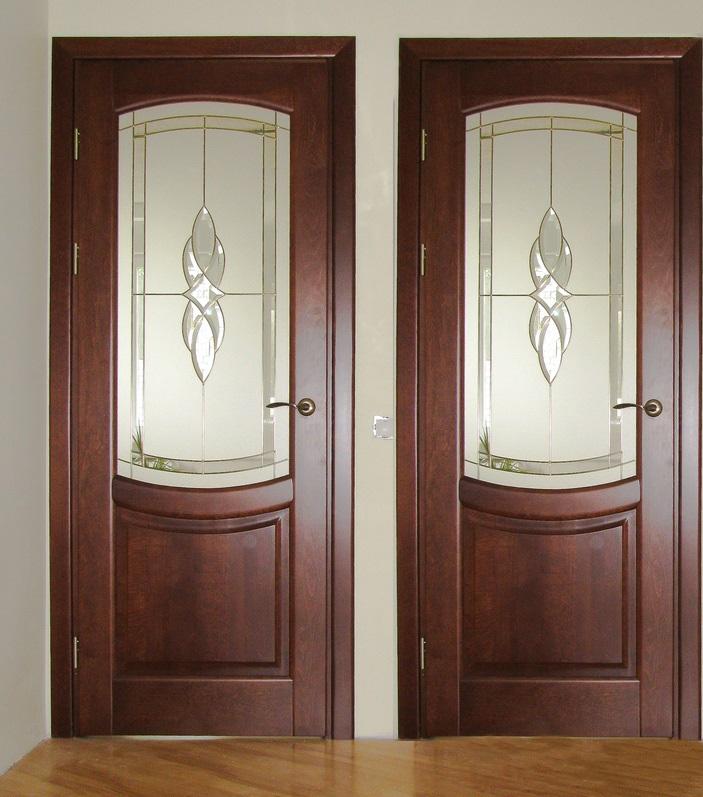 Двери из ольхи, установленные в ванную и туалет