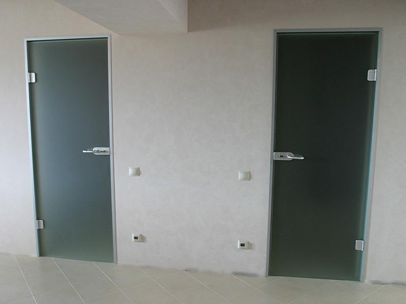 Матовые двери в санузел