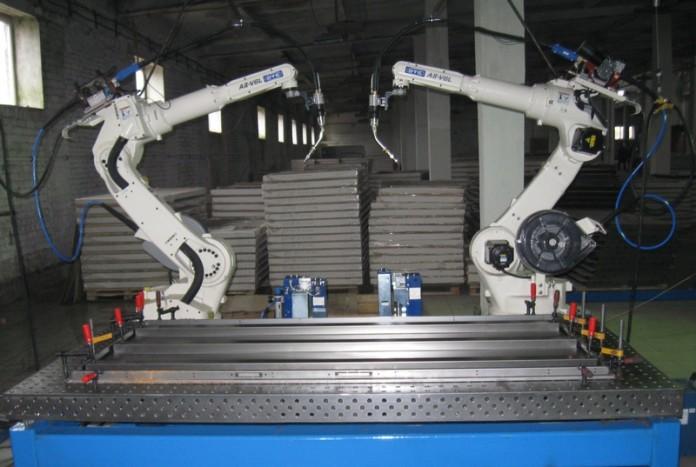 крупное производство стальных дверей