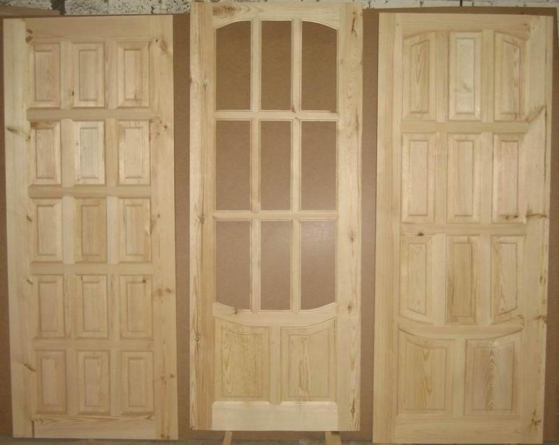 Полотна дверей, изготовленных из сосны