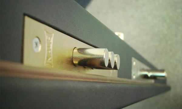 Как заменить дверную ручку на входной двери