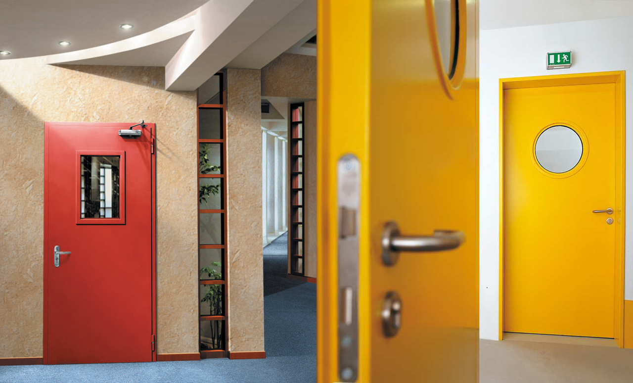 Цветные противопожарные двери
