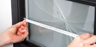 Замер размера стеклянной вставки двери
