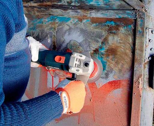 Очищение металла от краски
