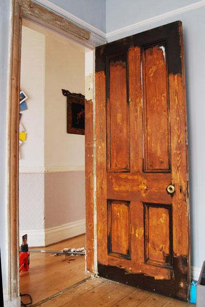 Восстановление межкомнатных дверей своими руками 31