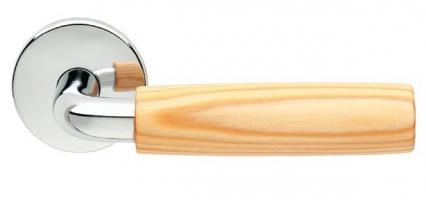 Ручка с деревянной вставкой