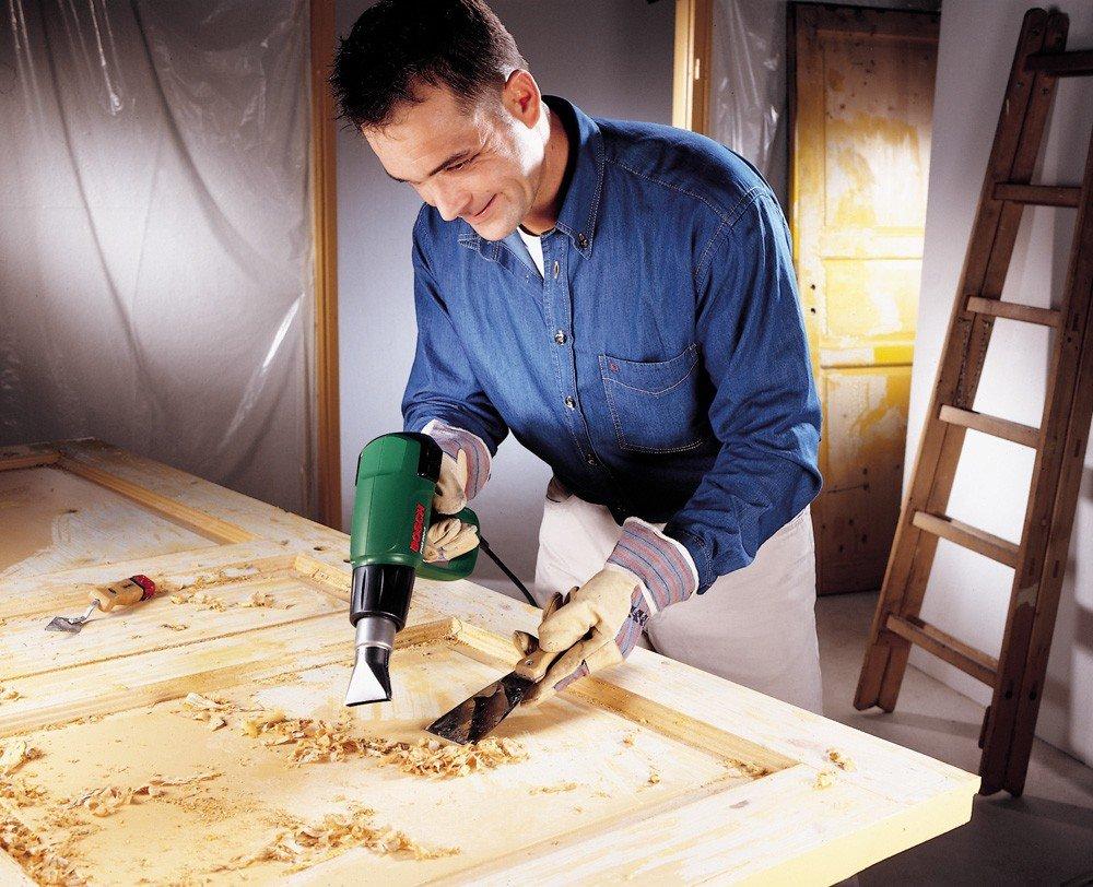 Как отремонтировать деревянные двери своими руками