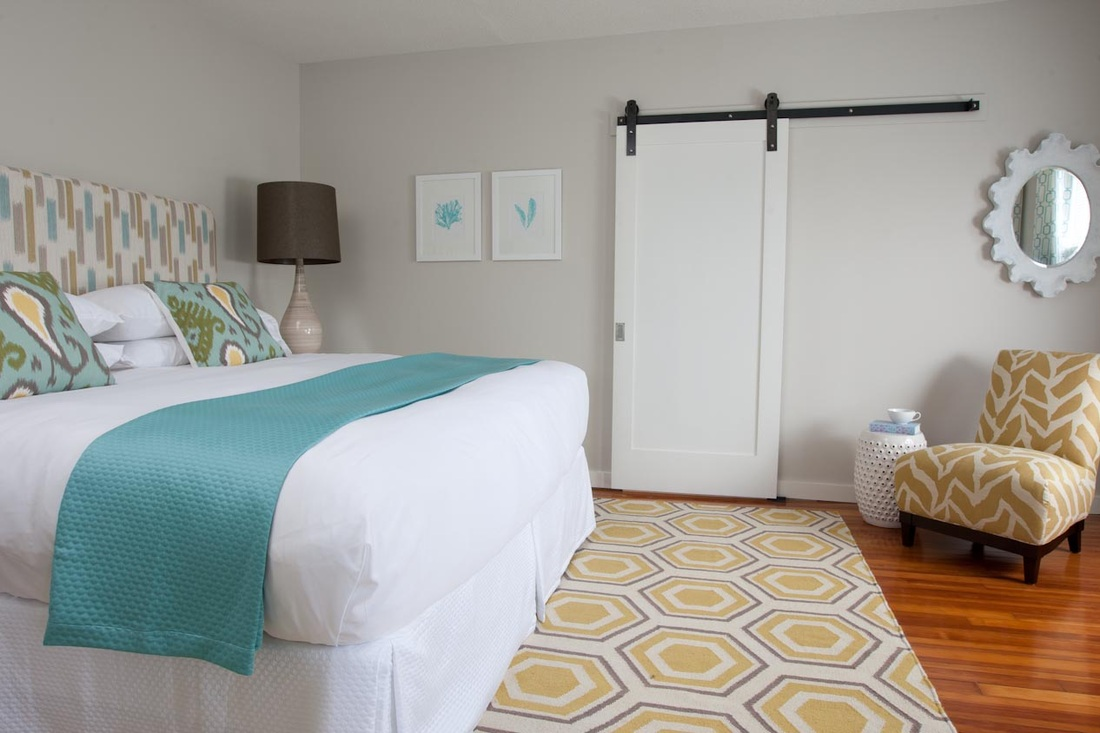 Сочетание дверей и мебели