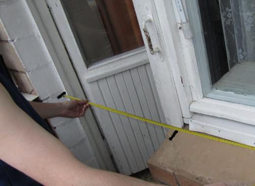 Дверь на балкон своими руками 29