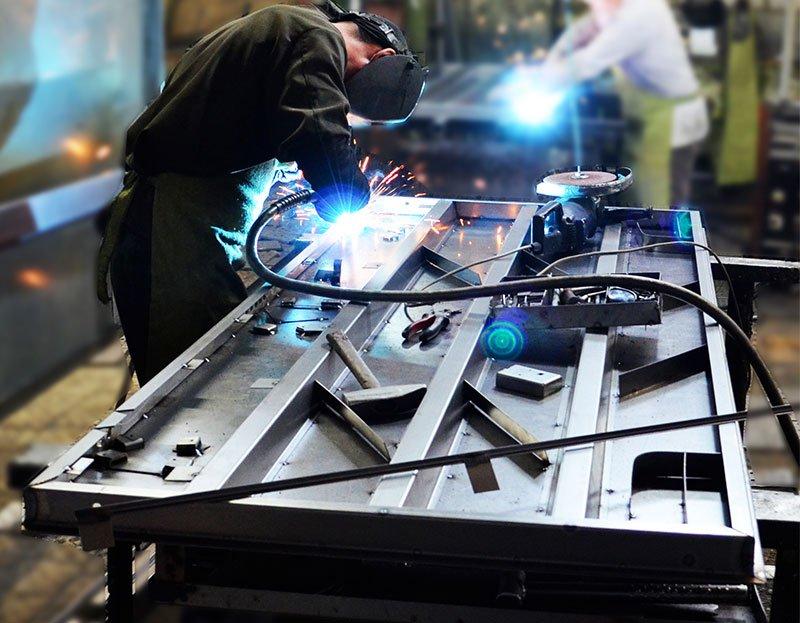 Производство металлической двери