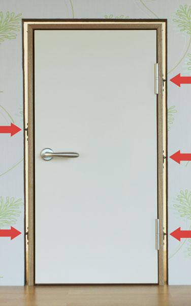 Элементы крепежа дверной коробки