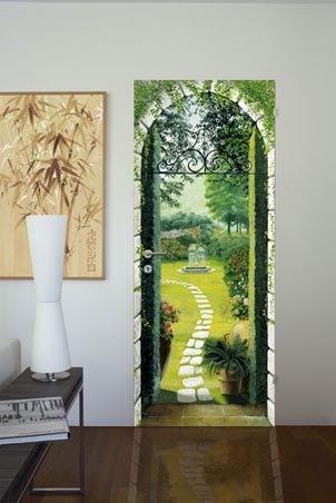 Фото на двери с тропинкой в сад