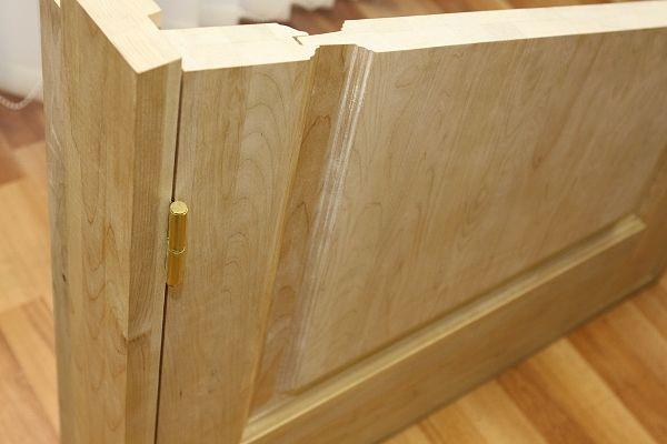 Дверь из цельного массива в разрезе