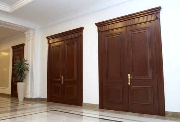 Двери из бука