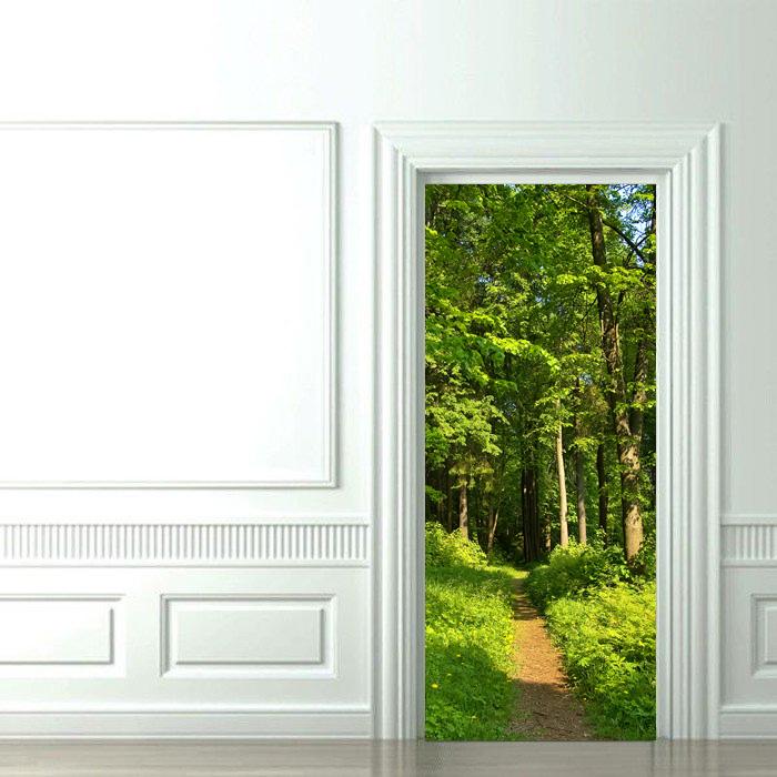 Наклейка на дверь с лесом