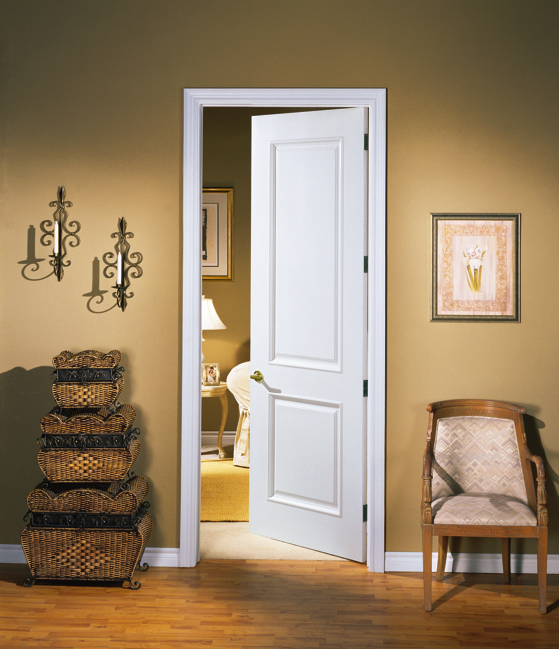 Плинтус и наличник в цвет двери