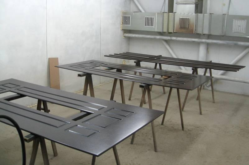 Производство дверей из металла