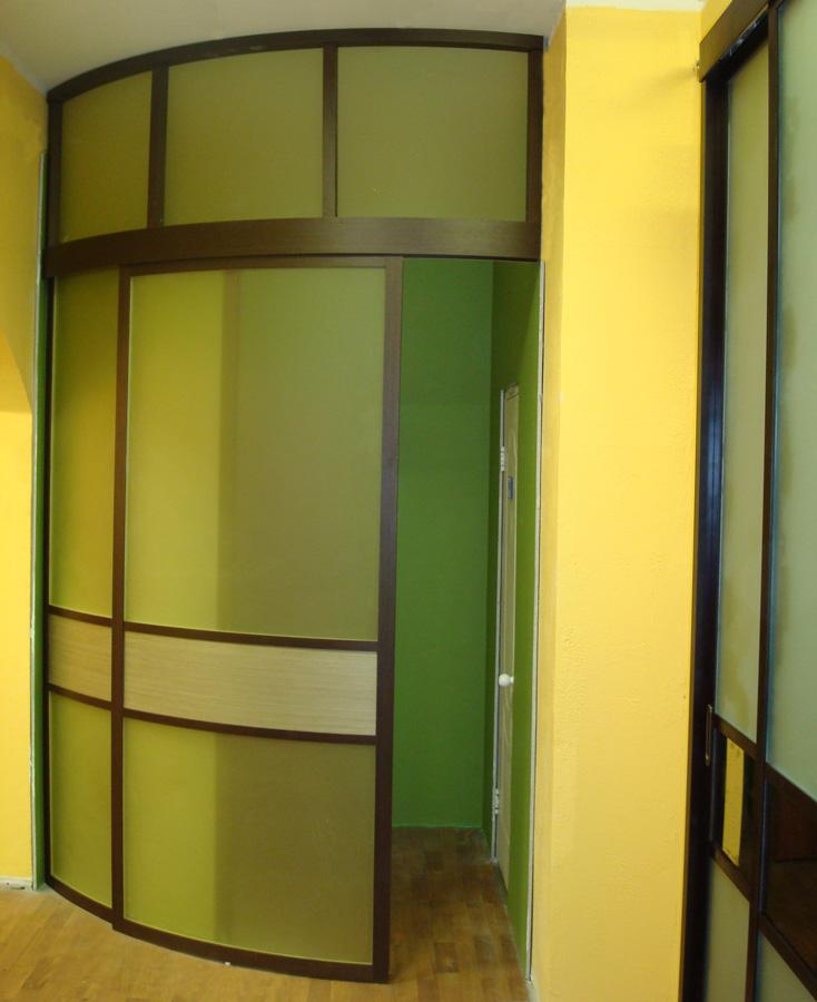 Радиусная двери