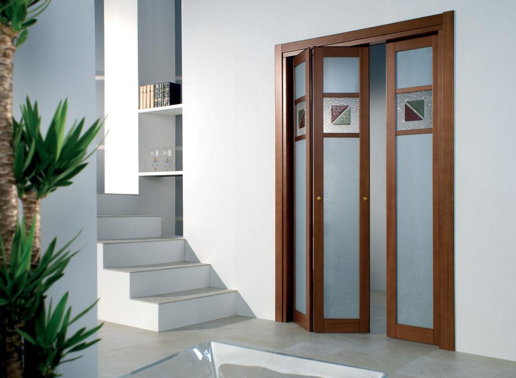 Раскладная дверь