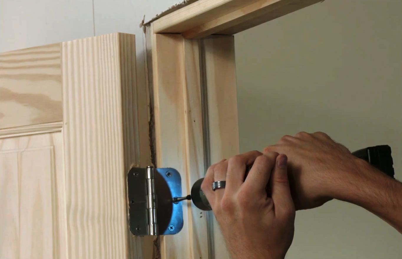 Стоимость установки межкомнатной двери