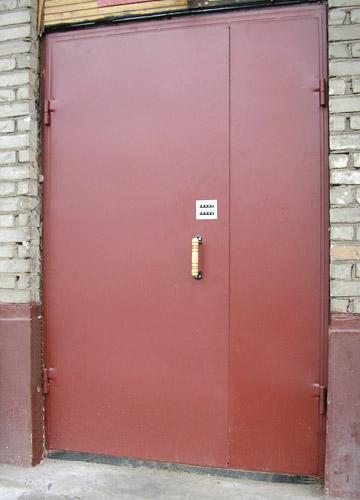 подъездные двери входные металлические пластиковые с