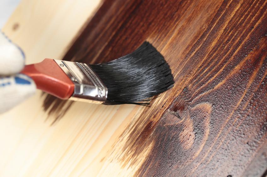 Покрасить дверь
