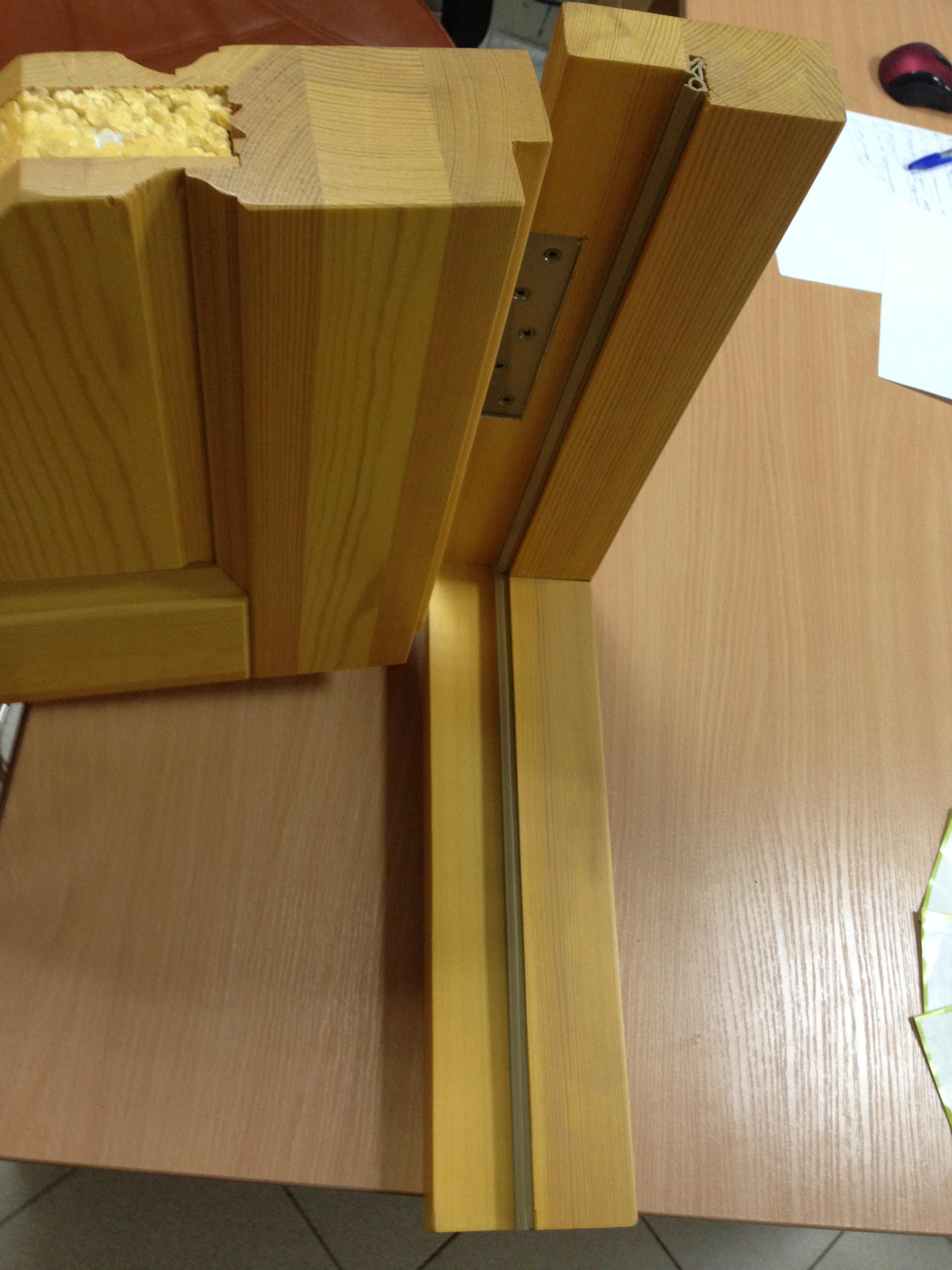 Структура утепленной двери из дерева