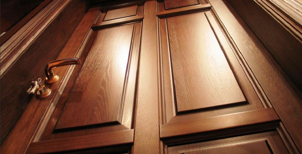Внешний вид дубовой двери