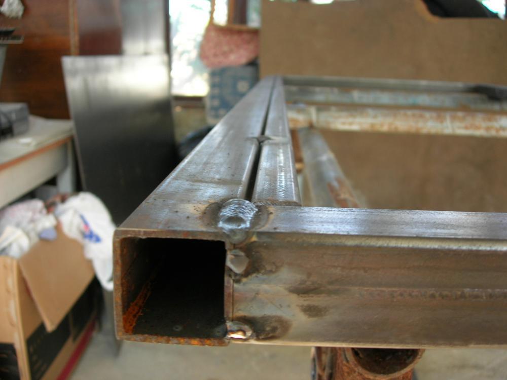 Каркас самодельной двери из стали