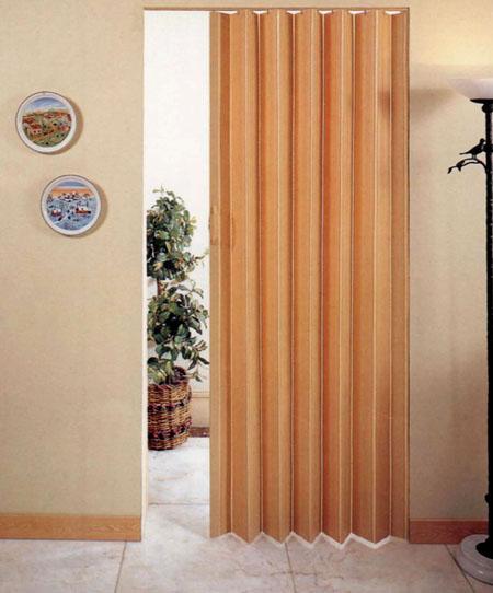 Дверь-гармошка в интерьере квартиры