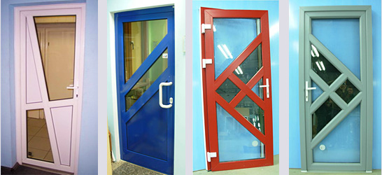 Двери из пластика различных цветов