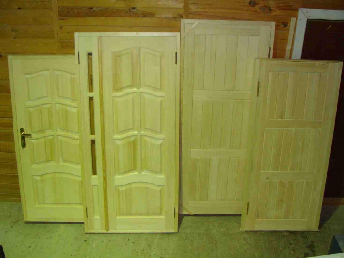 Полотна деревянных дверей
