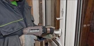 Закрепление ручки на балконной двери