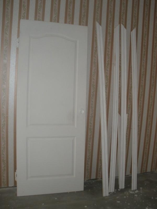 Неокрашенная дверь канадка