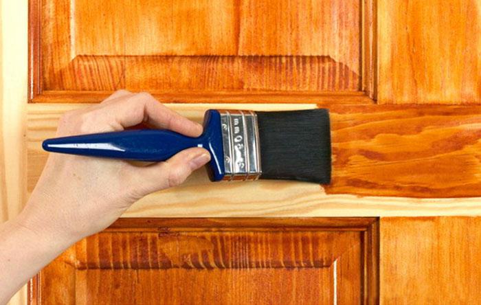 Лакировка двери