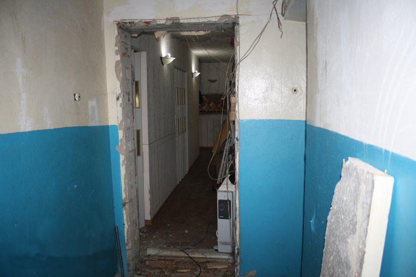 Проем под входную дверь в старом доме