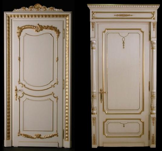 Белая итальянская дверь