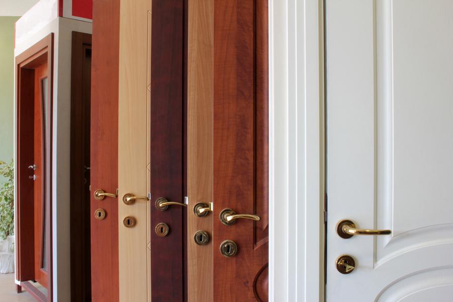 Внешний вид деревянных дверей