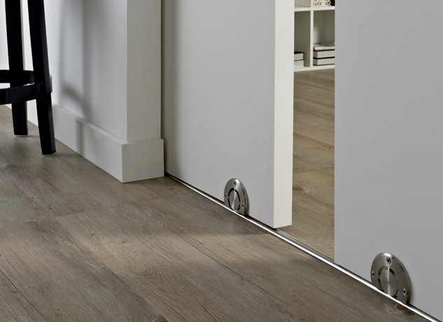 Раздвижная дверь с нижней направляющей