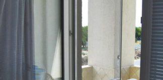 Дверца от насекомых на балконе