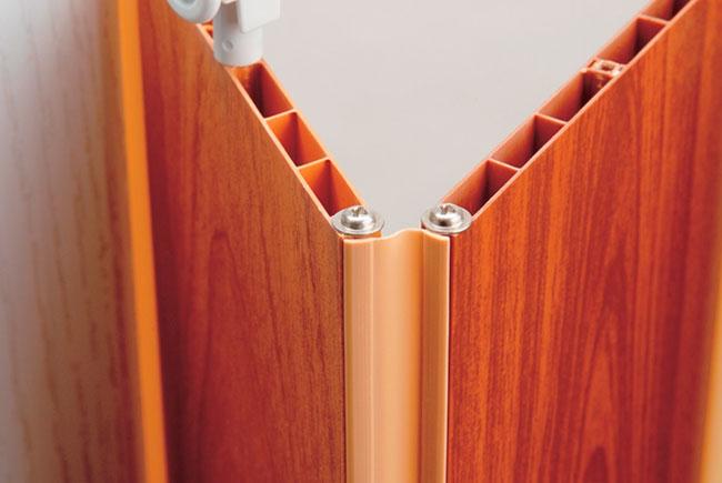 Конструкция ламелей складной двери