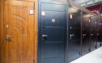 Входные двери в салоне