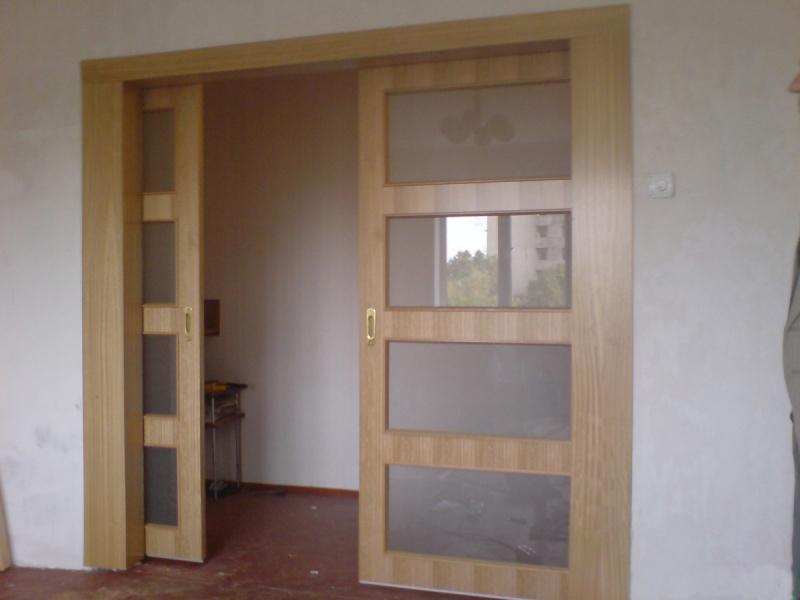Шпонированная раздвижная дверь