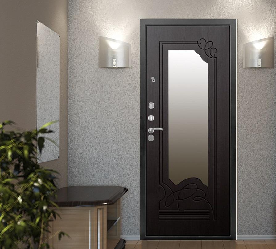 Дверь цвета венге с зеркальной вставкой в интерьере