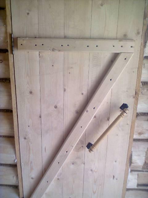 Самодельная банная дверь